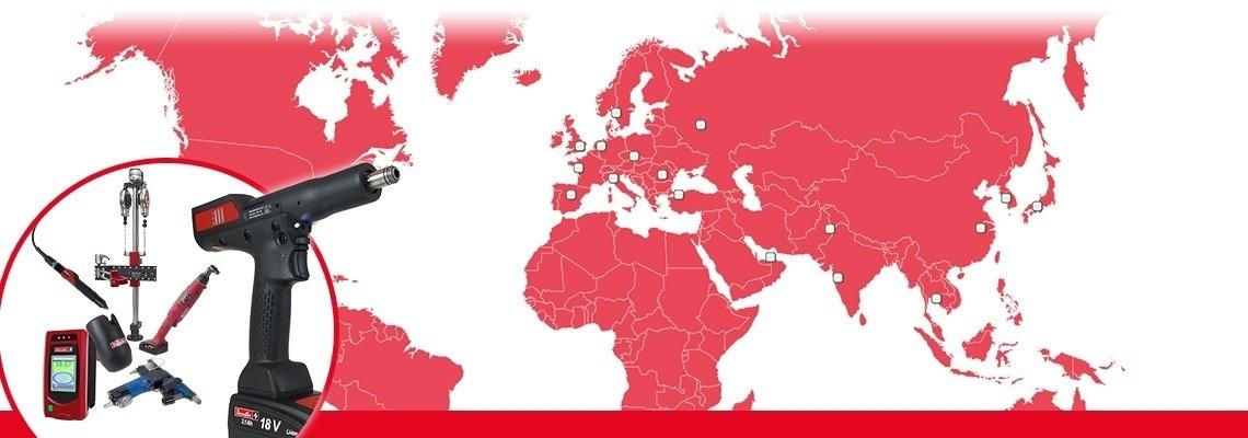 V nadaljevanju so podane pravne informacije, ki veljajo za obiske tega spletnega mesta.