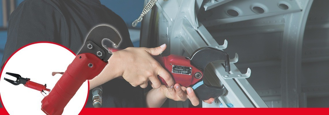Družba Desoutter Tools je zasnovala celovit program pnevmatskega orodja za stiskanje za avtomobilsko in letalsko industrijo. Zaprosite za ponudbo ali predstavitev.